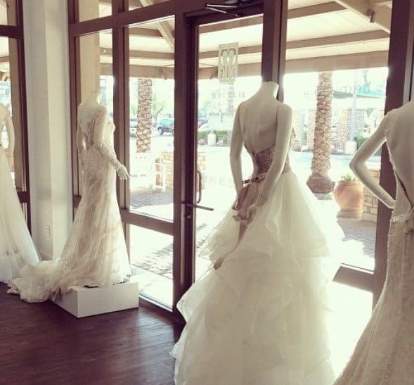 7 Tips to Help Find Your Perfect Wedding Dress
