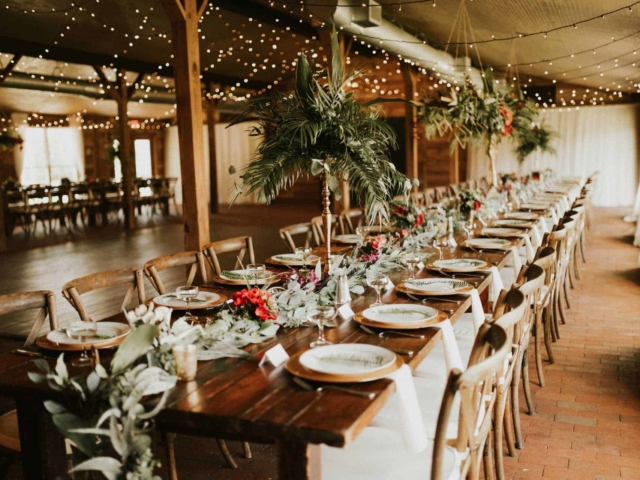 Classic Barn Wedding Venue - The Carriage House Stabl at Cross Creek Ranch, Florida
