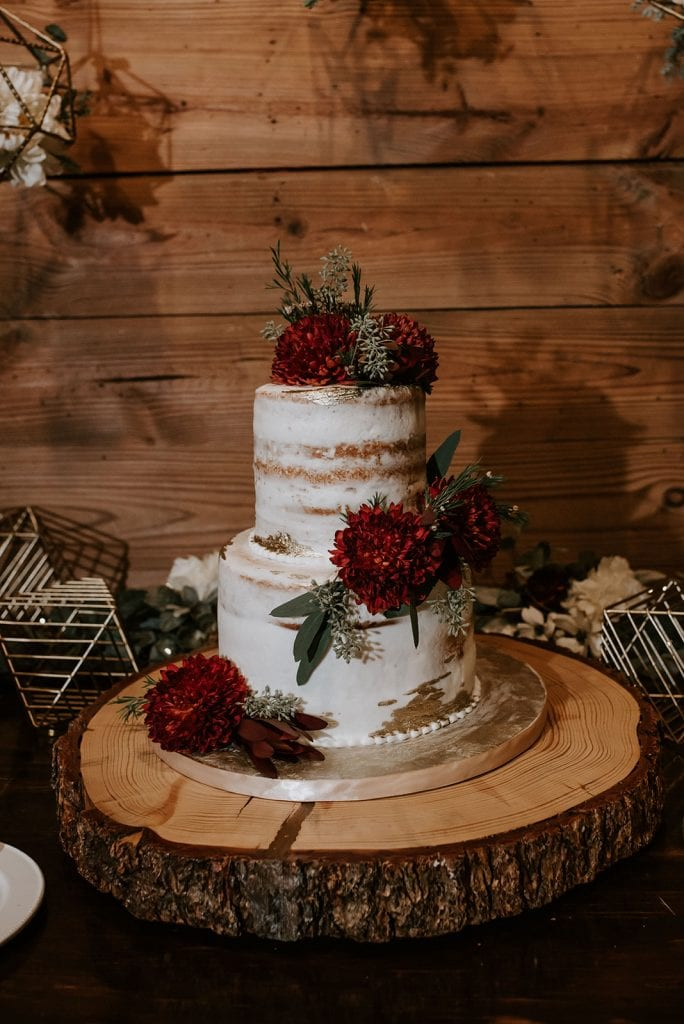 Gold fleck wedding cake