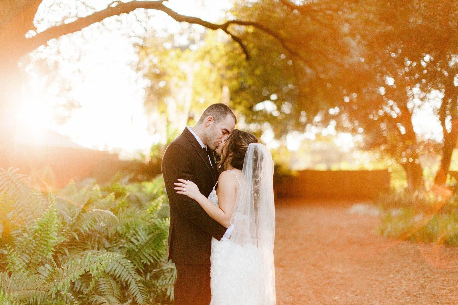 Francesca + Danny's Modern Romantic Wedding