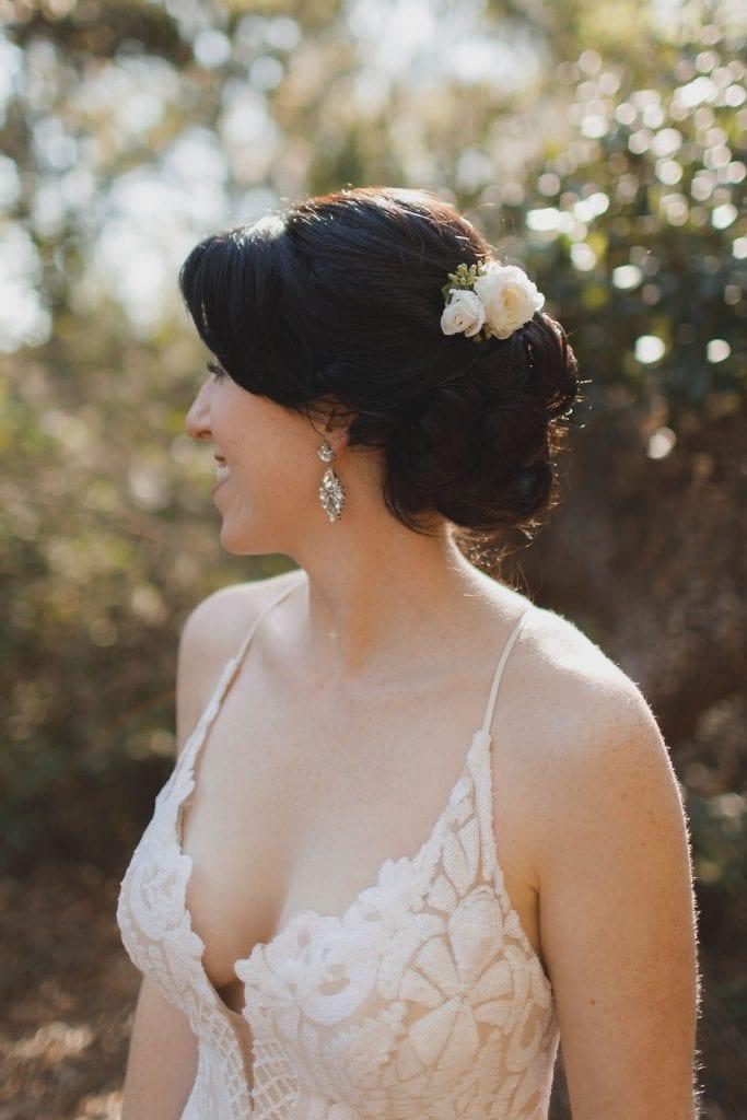 Flower wedding hair