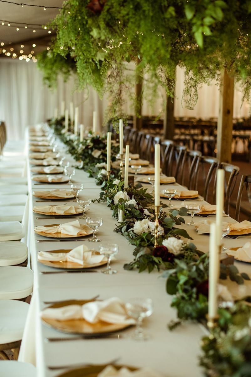 Romantic emerald green wedding decor