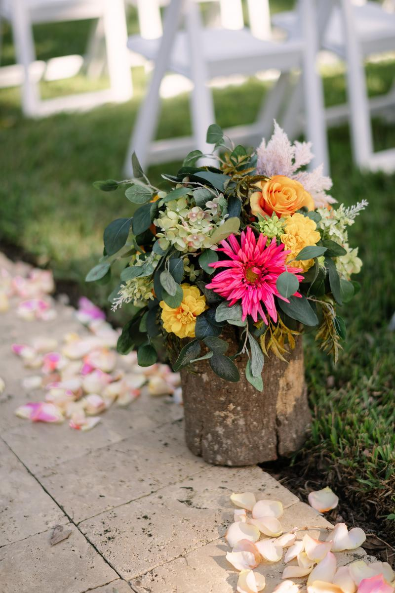 Colorful wedding ceremony ideas