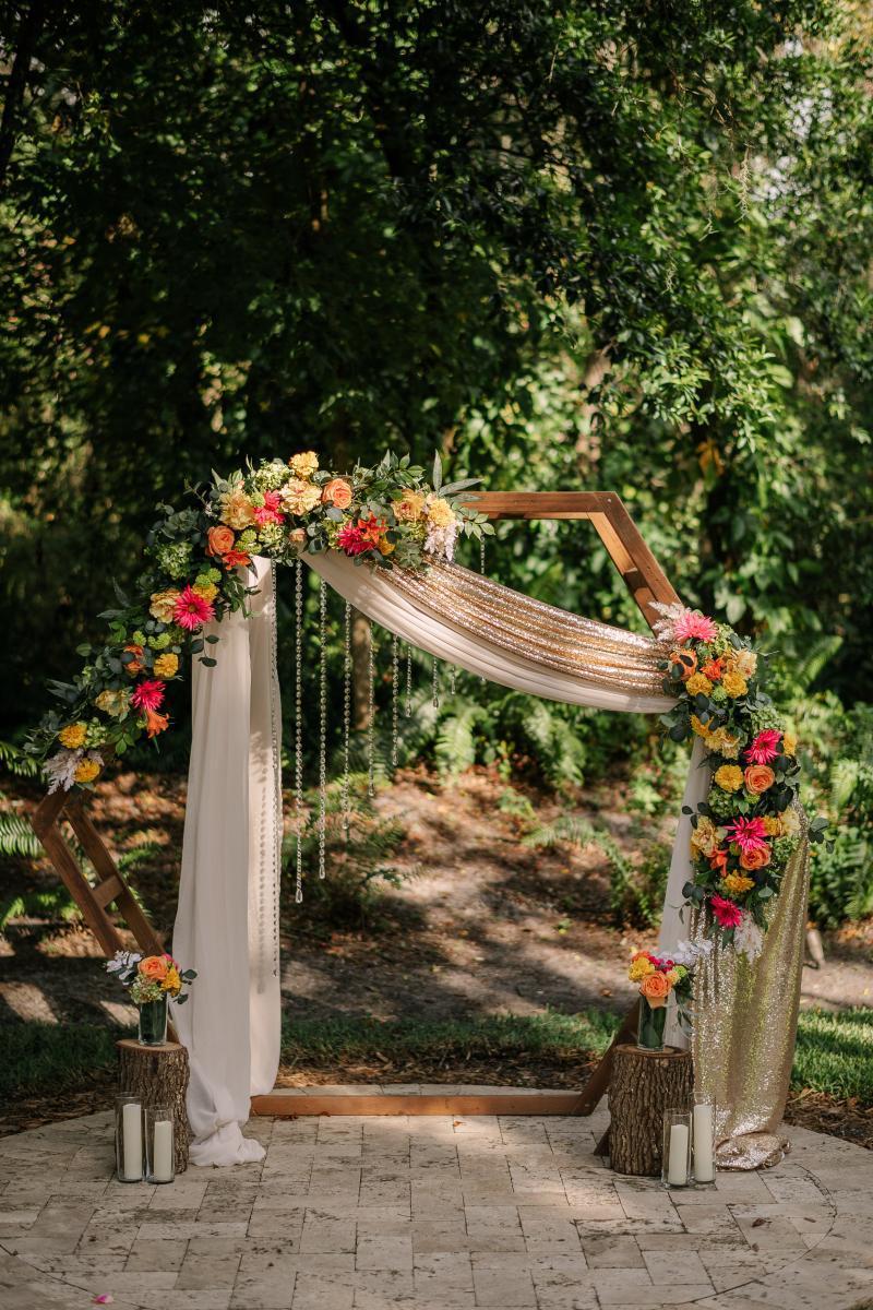 Tropical-inspired wedding