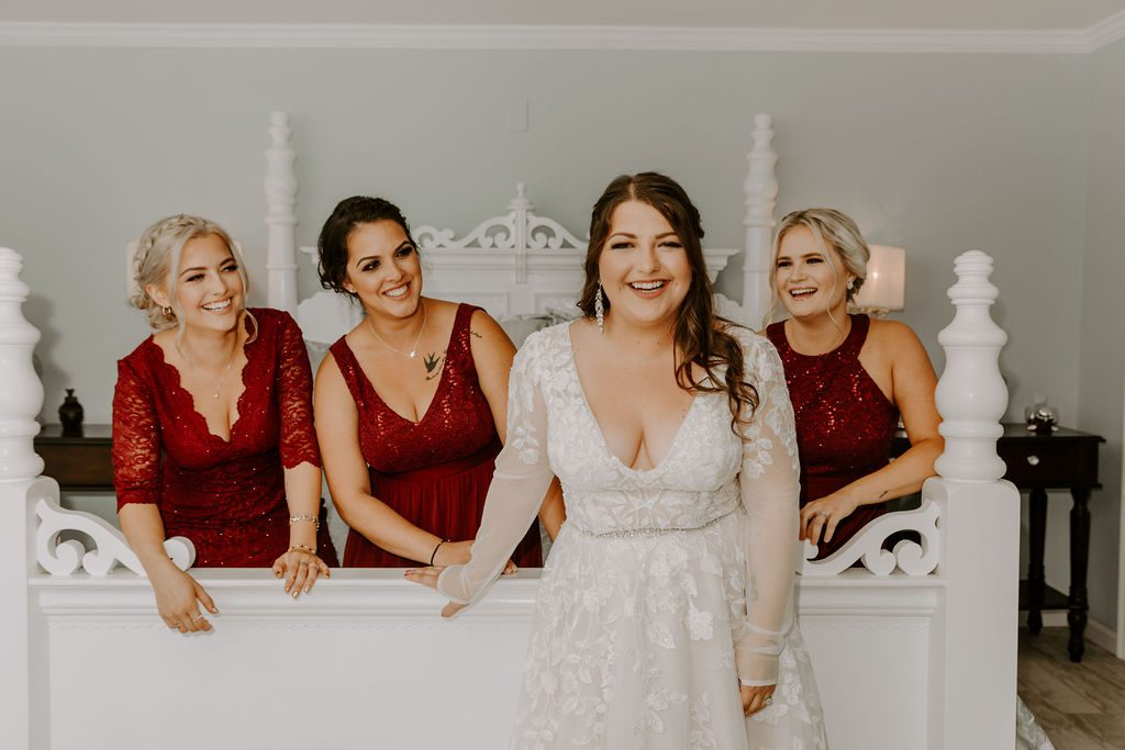 Shayna and her bridesmaids
