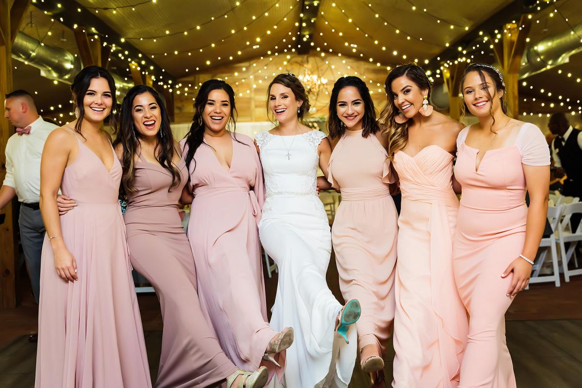 Andreina and her bridesmaids