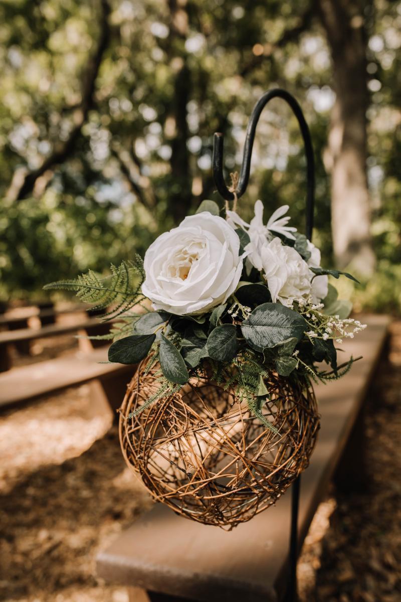 neutral rustic wedding ceremony details