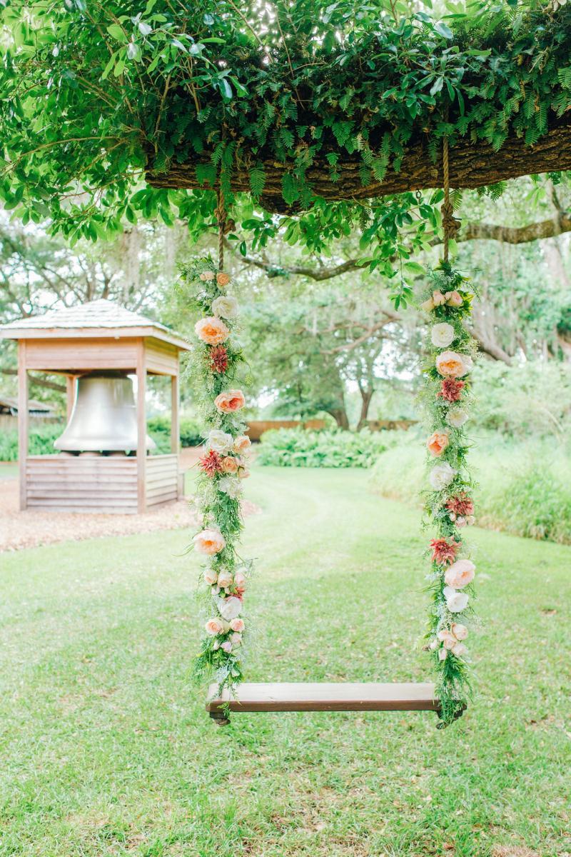 Elegant wedding swing decor