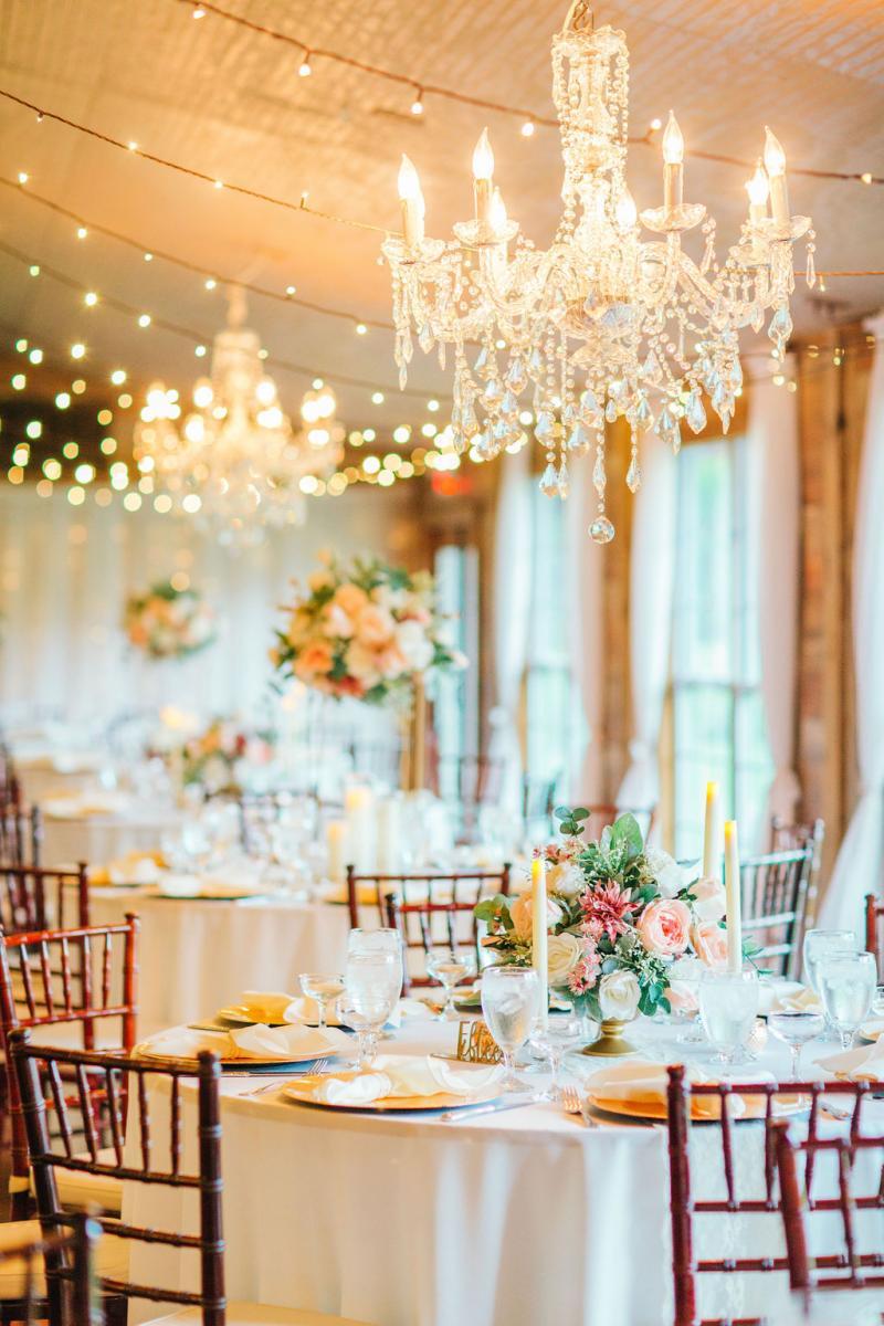 Elegant wedding decor and design