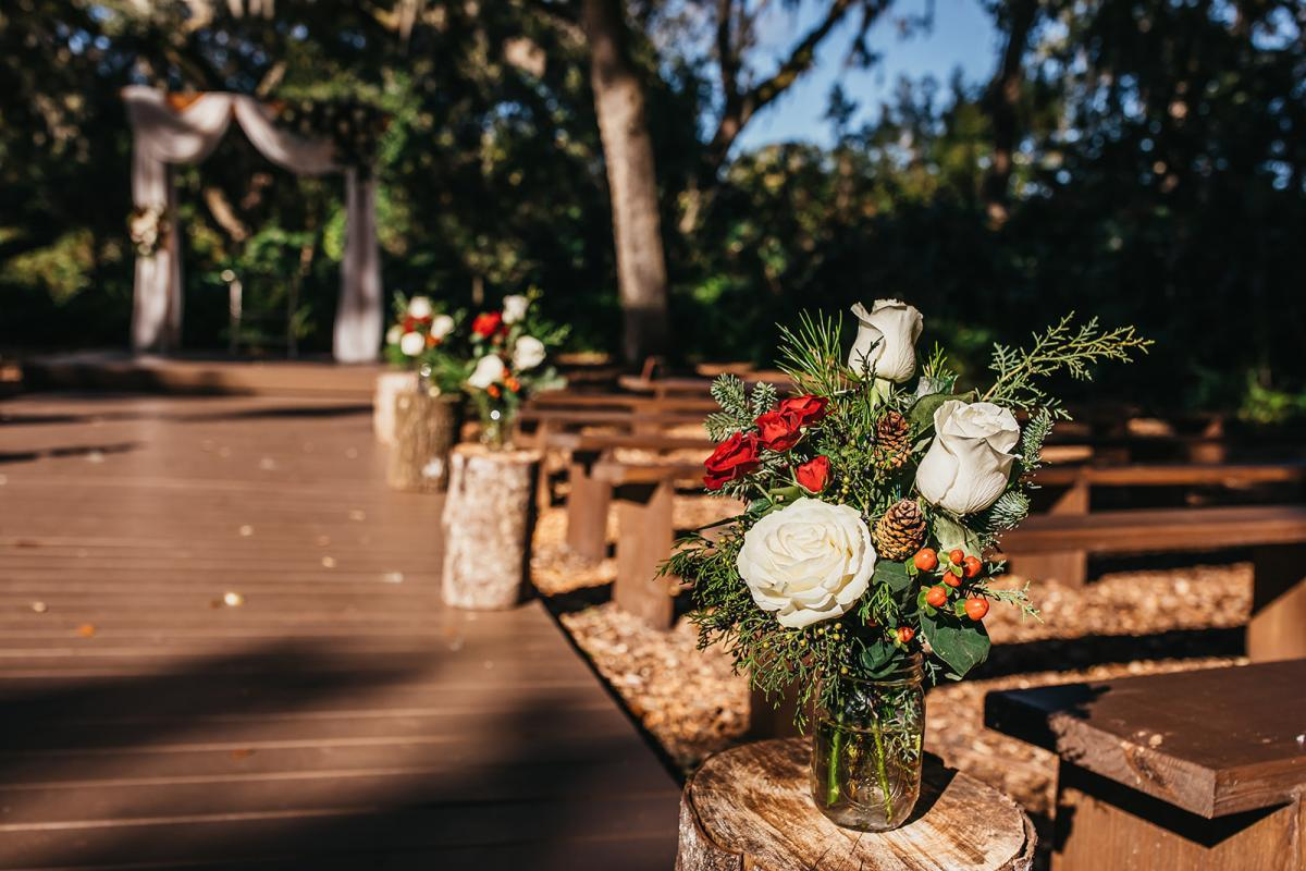 Christmas wedding ceremony decor