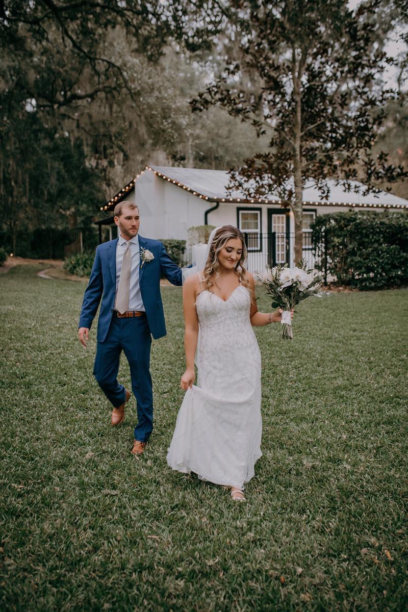Romantic sweetheart wedding photos
