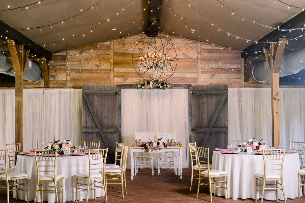 Rustic romantic sweetheart table