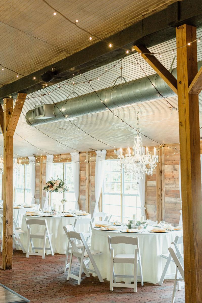 Rustic elegant wedding decor