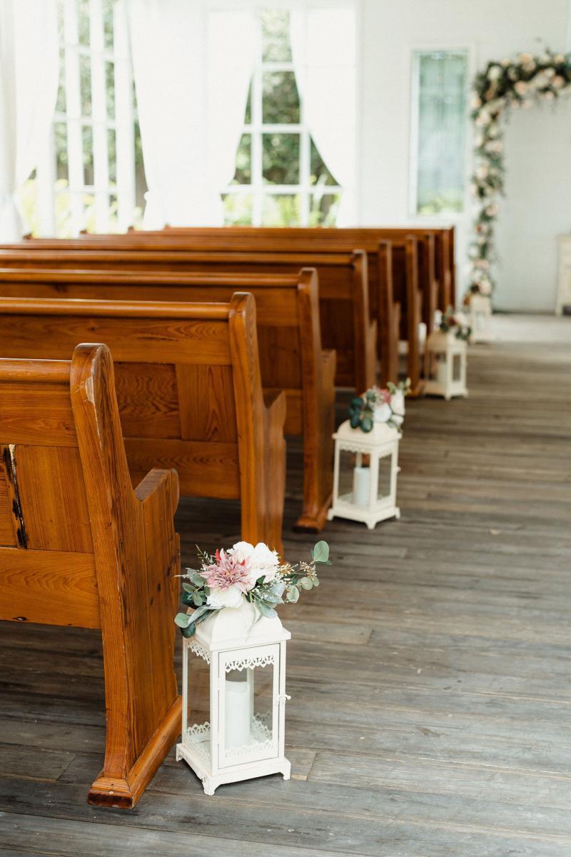 Elegant wedding decor at the open air Chapel