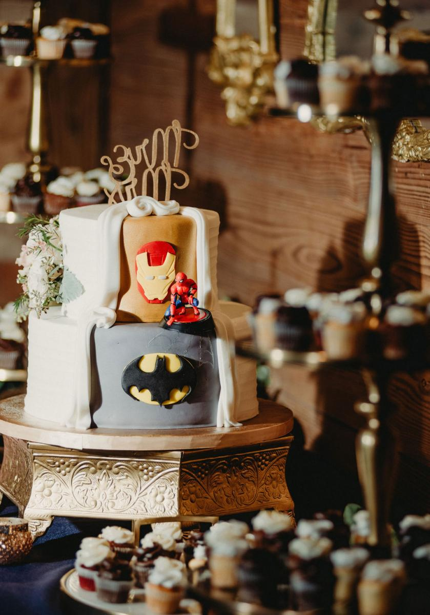 The superhero side to Brandy and Anthony's double-sided wedding cake