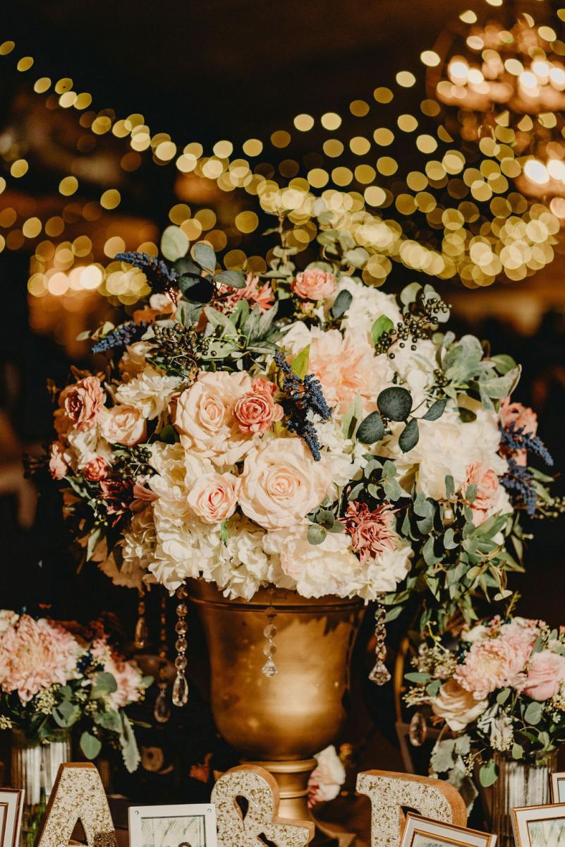 Traditional and elegant wedding reception decor