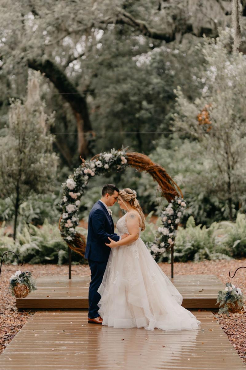 Sweetheart photos at Florida's all inclusive wedding venue