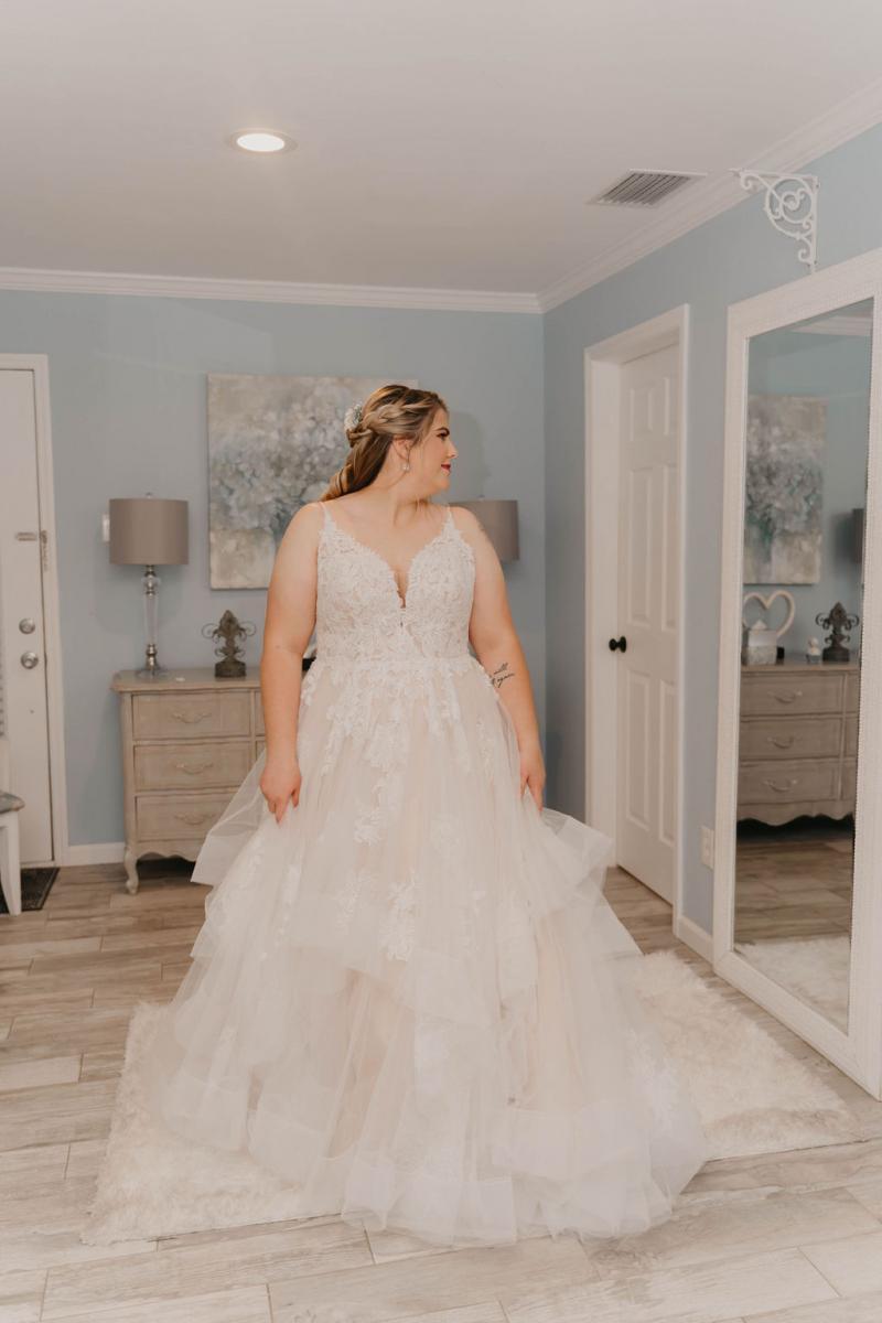 Essence of Australia wedding ball gown
