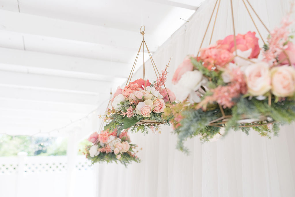Pritty in pink wedding reception details