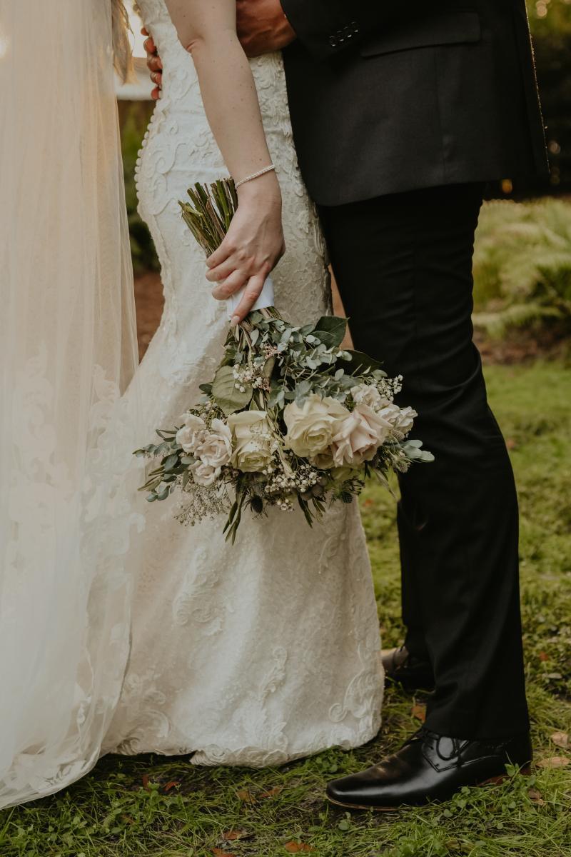 Romantic bridal bouquet wedding flowers