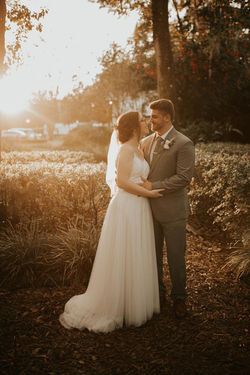 Glowy sunset wedding photos