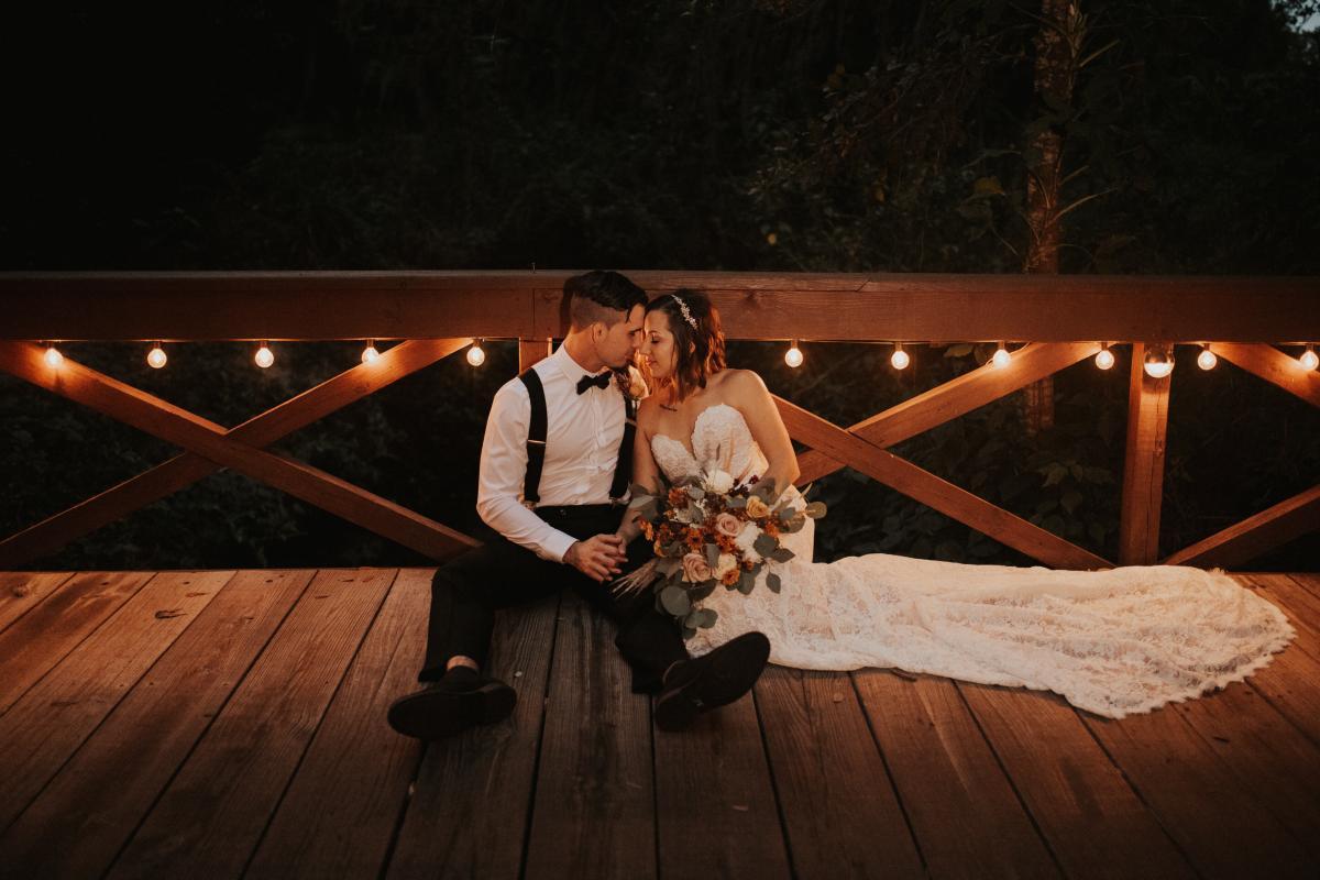 Romantic boho wedding photos