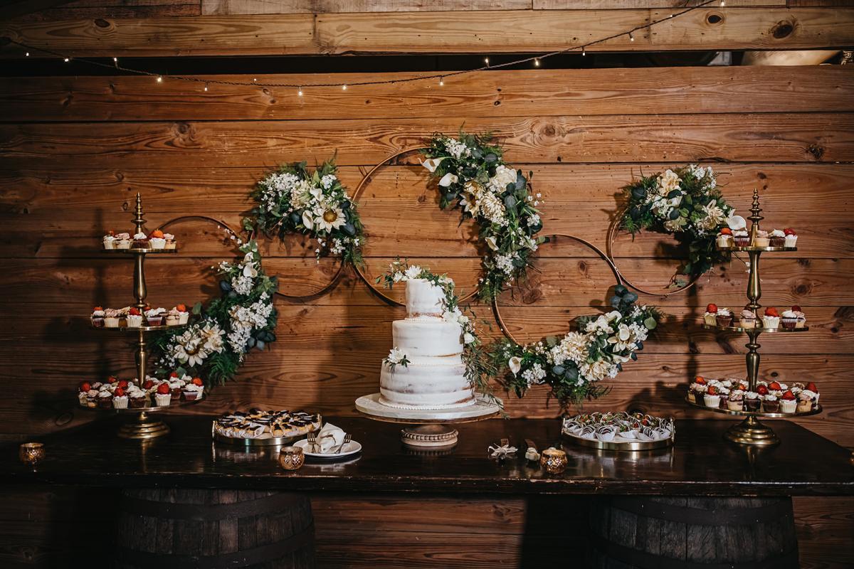 Rustic southern wedding cake table display