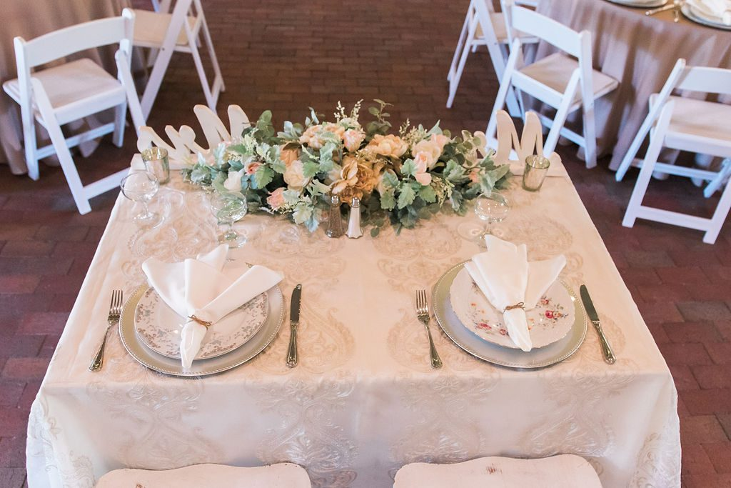 Giselle and Dino's sweetheart table