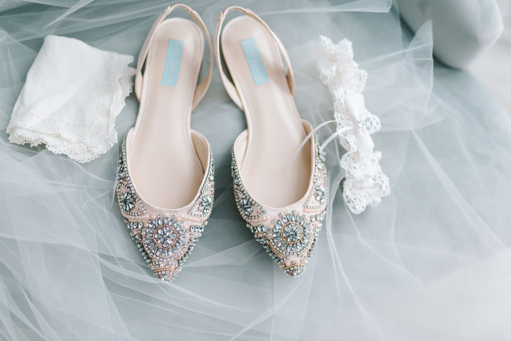 Sparkley wedding flats for the bride
