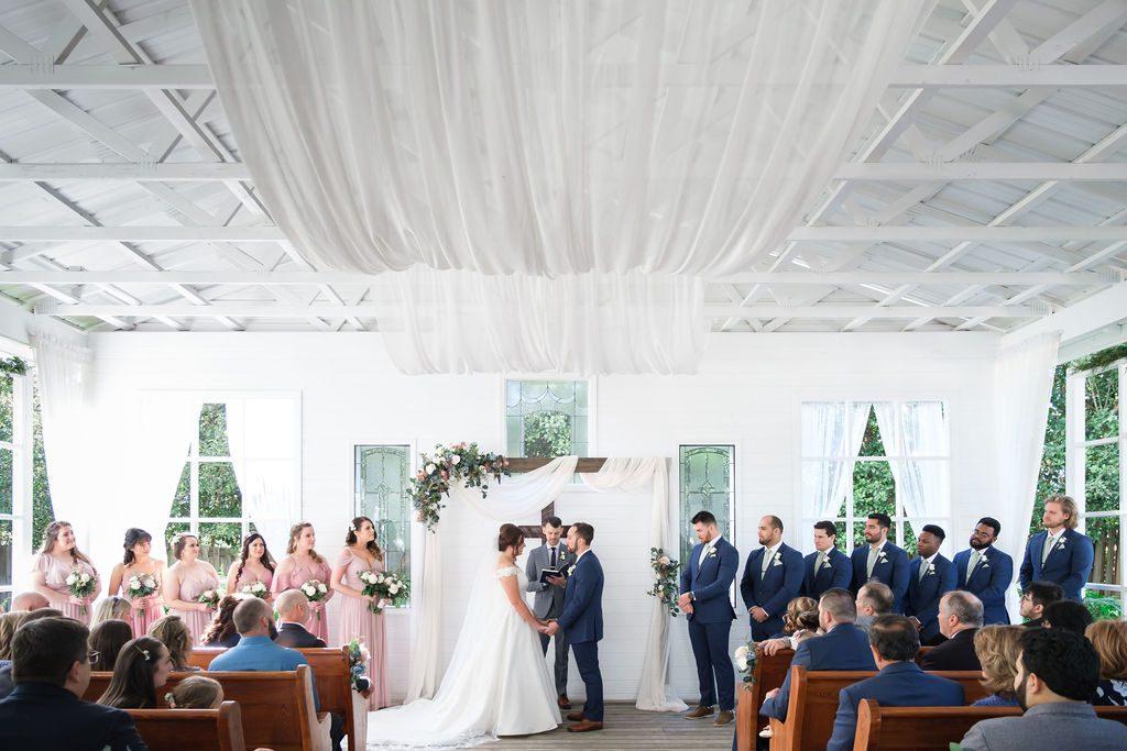 sweet Spring wedding ceremony