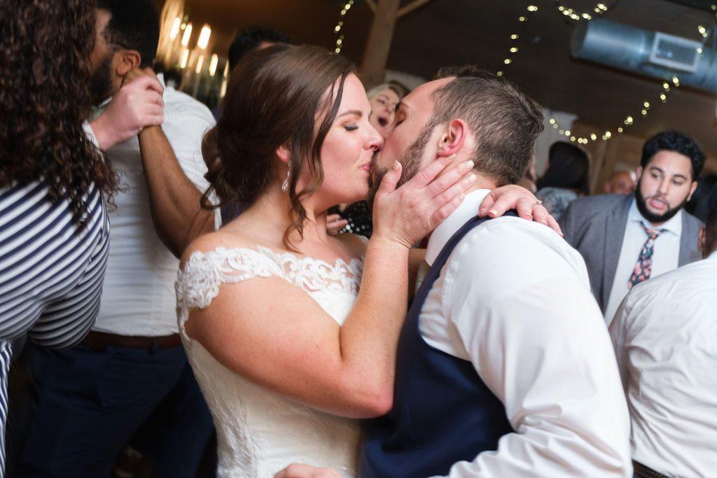 Sweet kisses on the dance floor