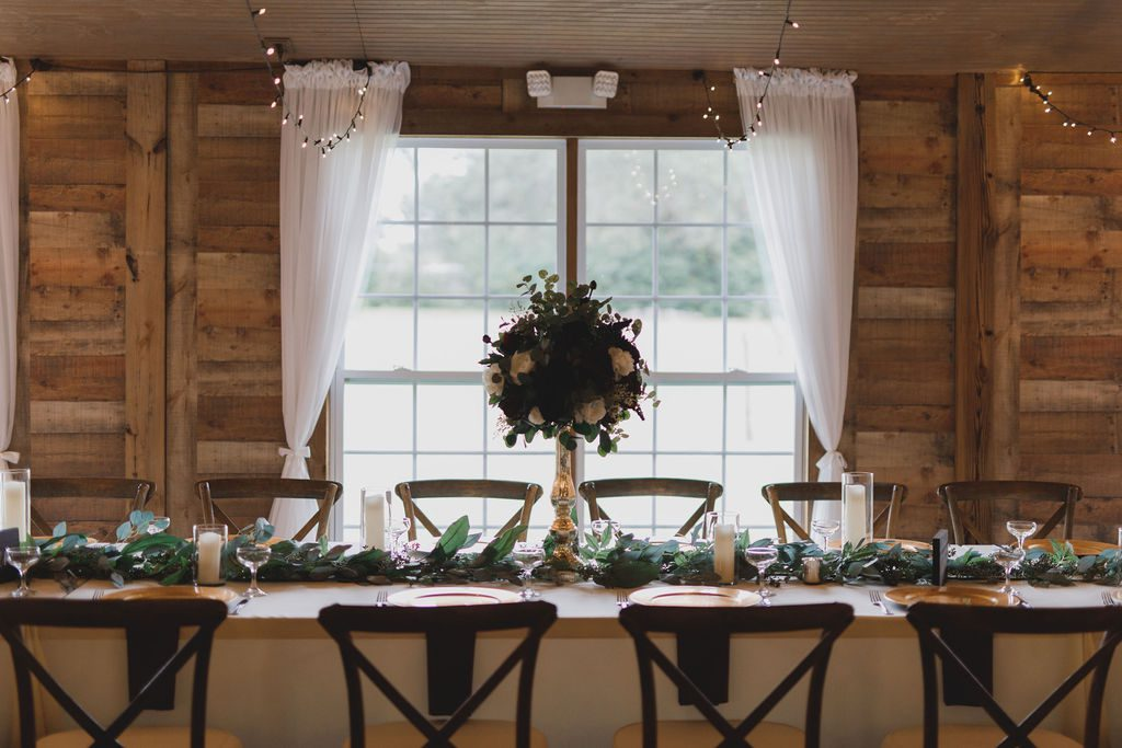 Cozy burgundy wedding