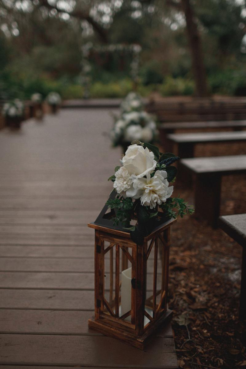 Rustic lantern wedding ceremony deocr