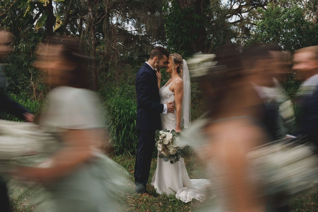 Stunning wedding party photos by Stacy Paul Photography