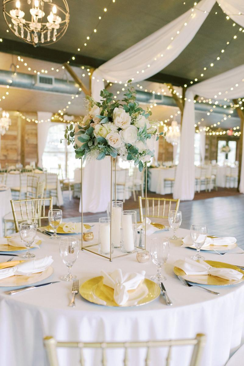 Elegant wedding centpieces at the Carriage House Stable