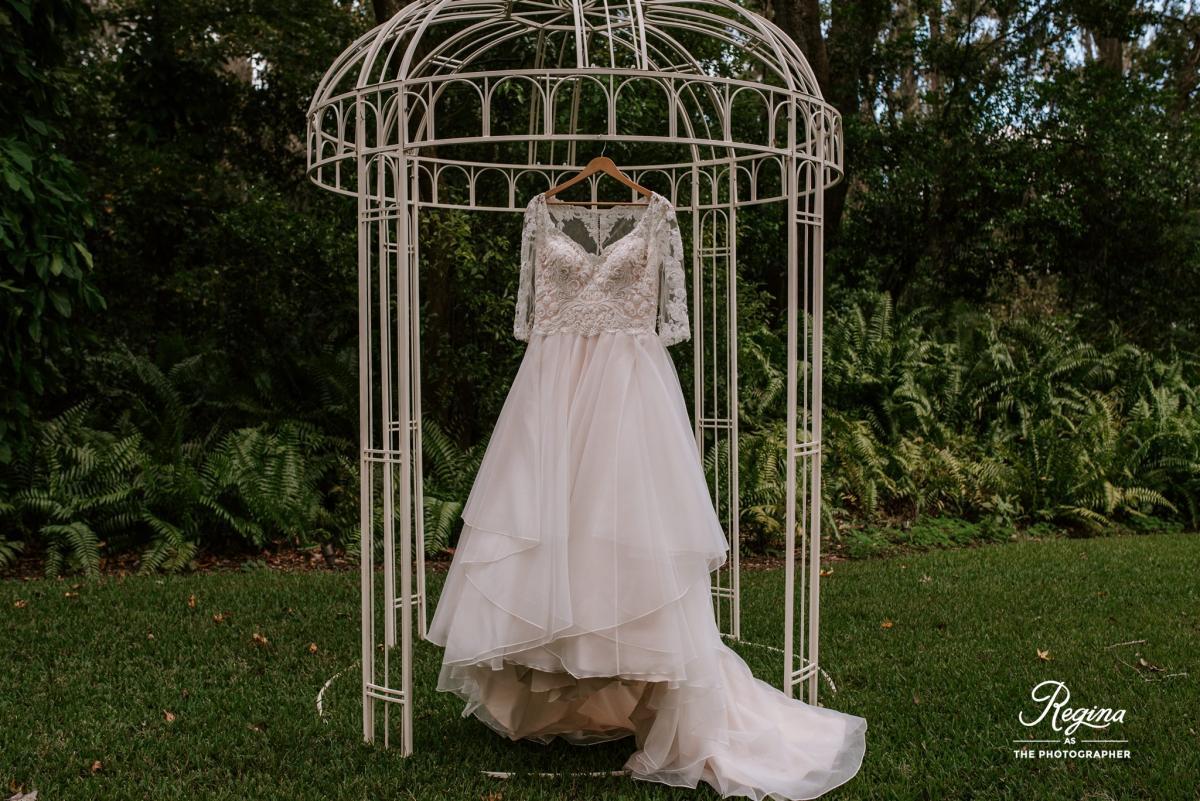 Kalee's wedding dress