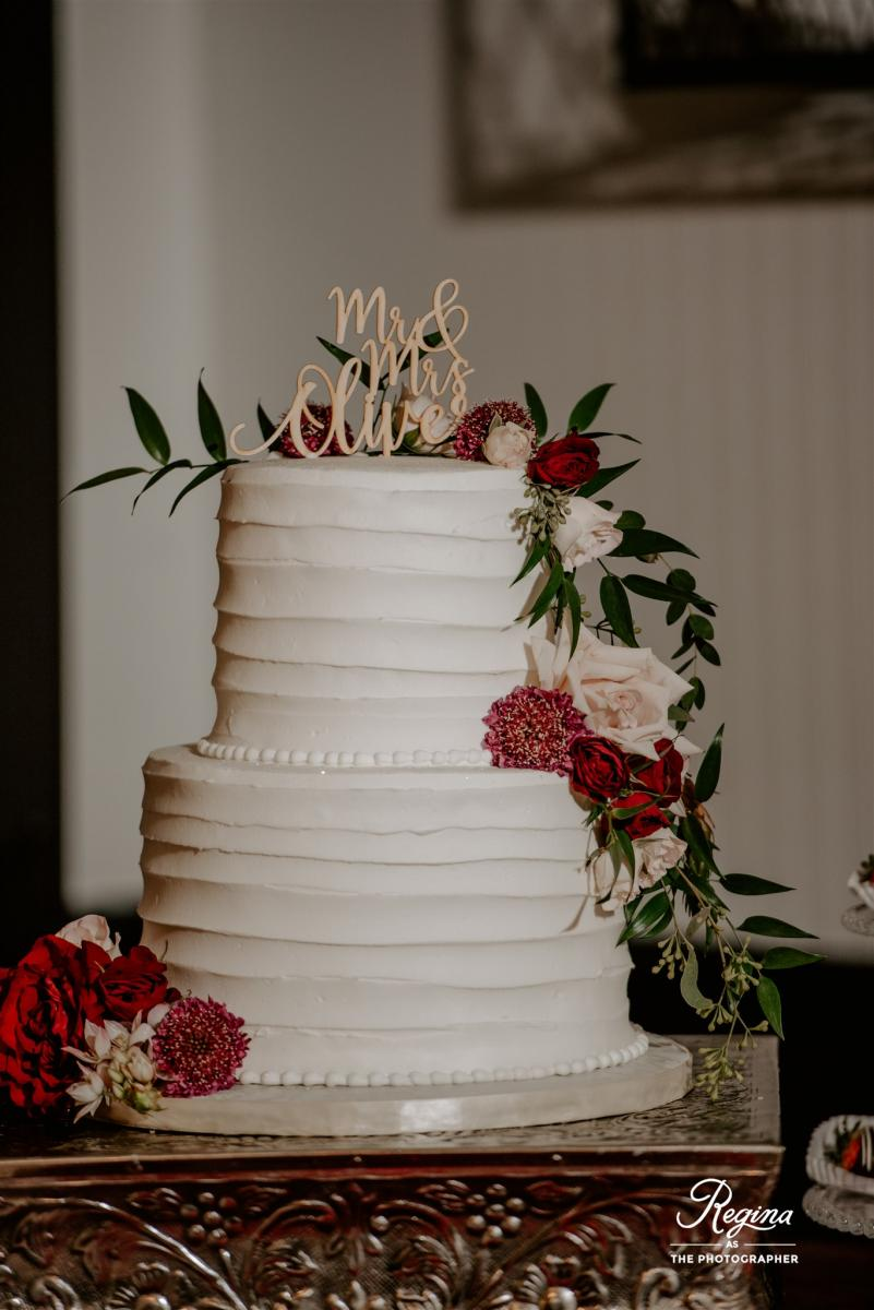 Kalee and Jacob's wedding cake