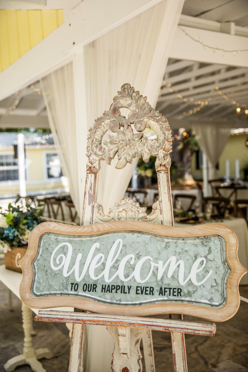 Taylor + Kelly's wedding welcome sign