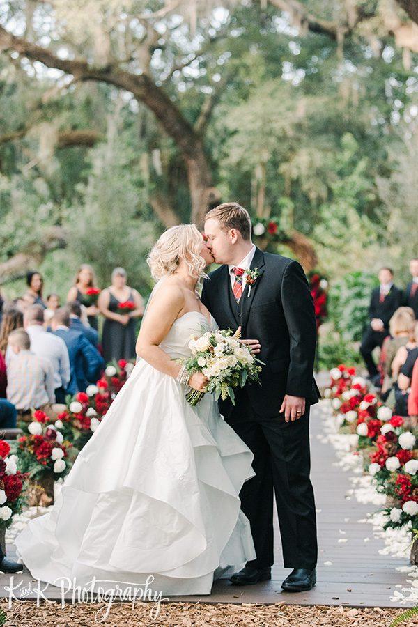 Lauren and Jordan are finally married