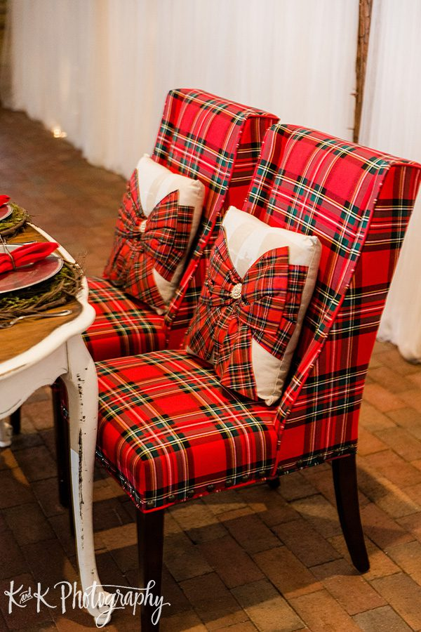 Red plaid chairs for the sweetheart table