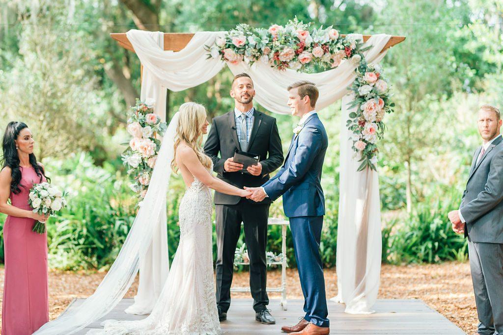Sinnikka and Steve's elegant Tampa wedding ceremony
