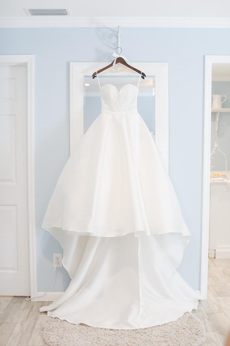Laura's Stella York ballroom wedding dress