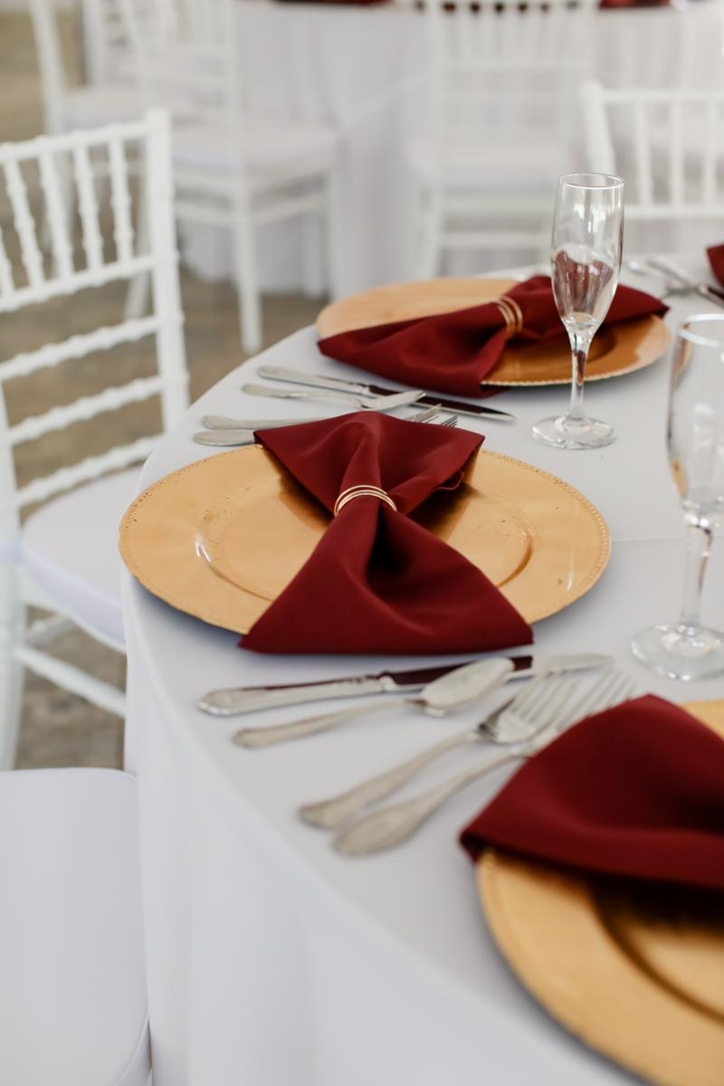 Gold and burgundy wedding decor