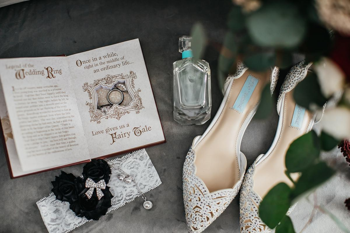 Tahai's disney-inspired wedding details