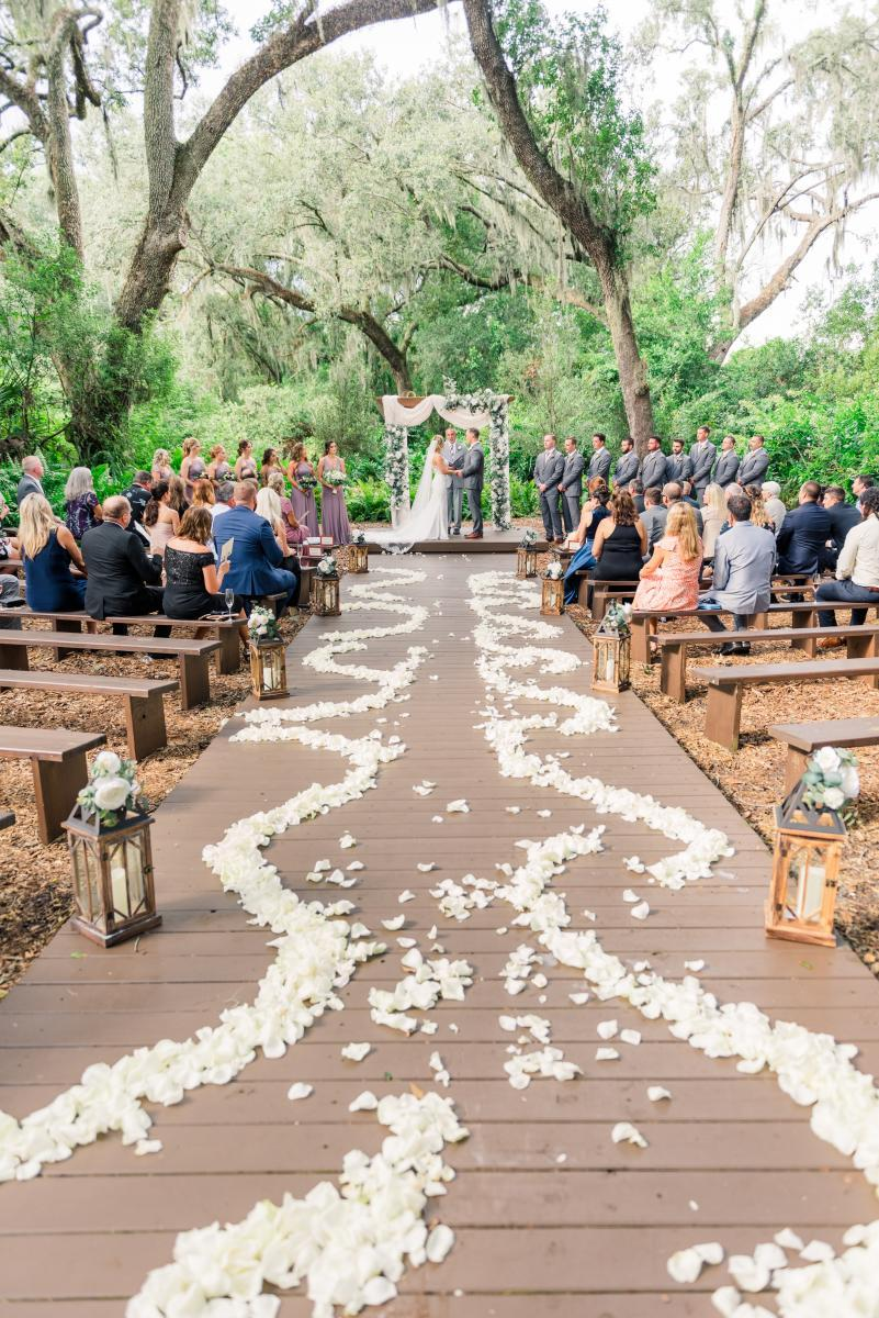 Petal scroll ceremony aisle design