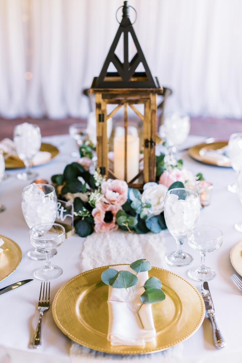 Romantic lantern wedding centerpiece