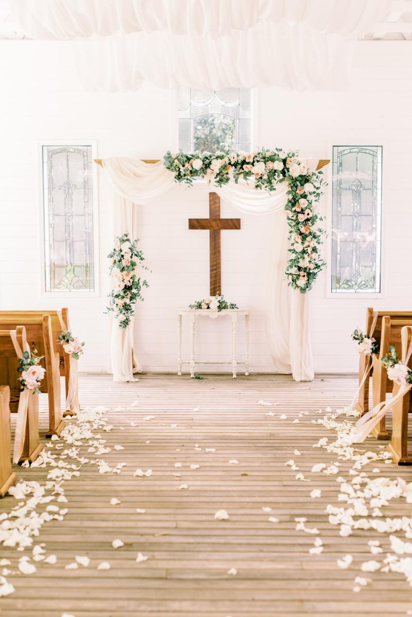 Ultra romantic Chapel ceremony
