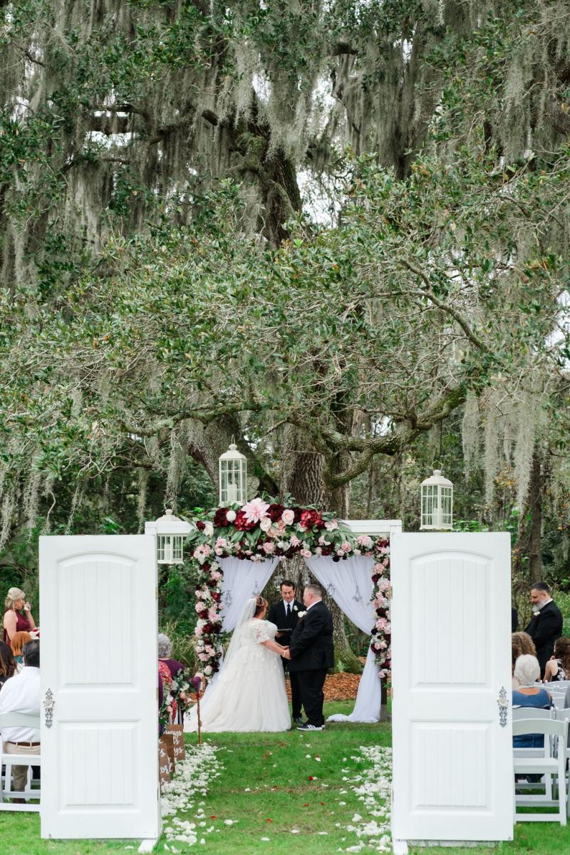 Elegant shabby chic wedding ceremony