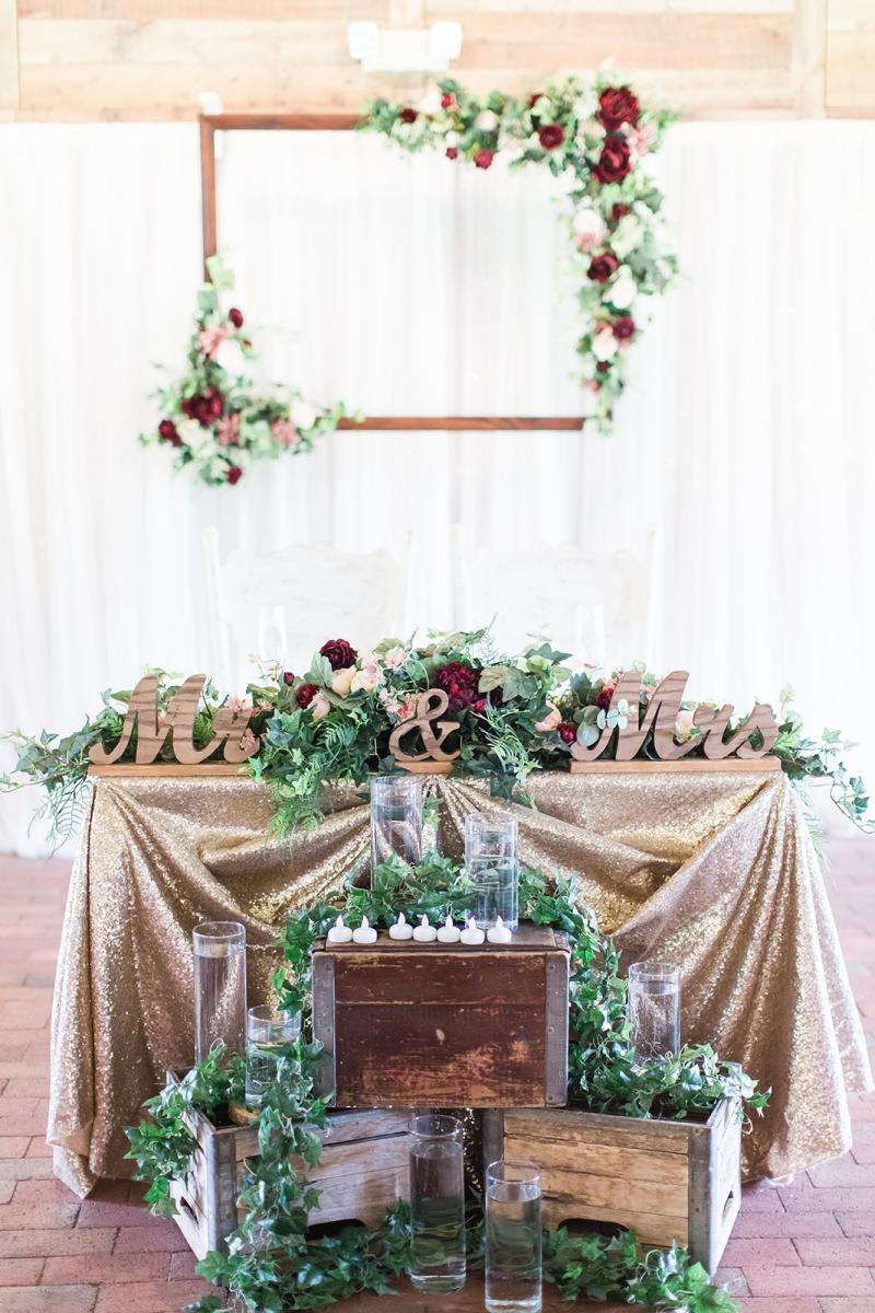 Savannah and William's sweetheart table
