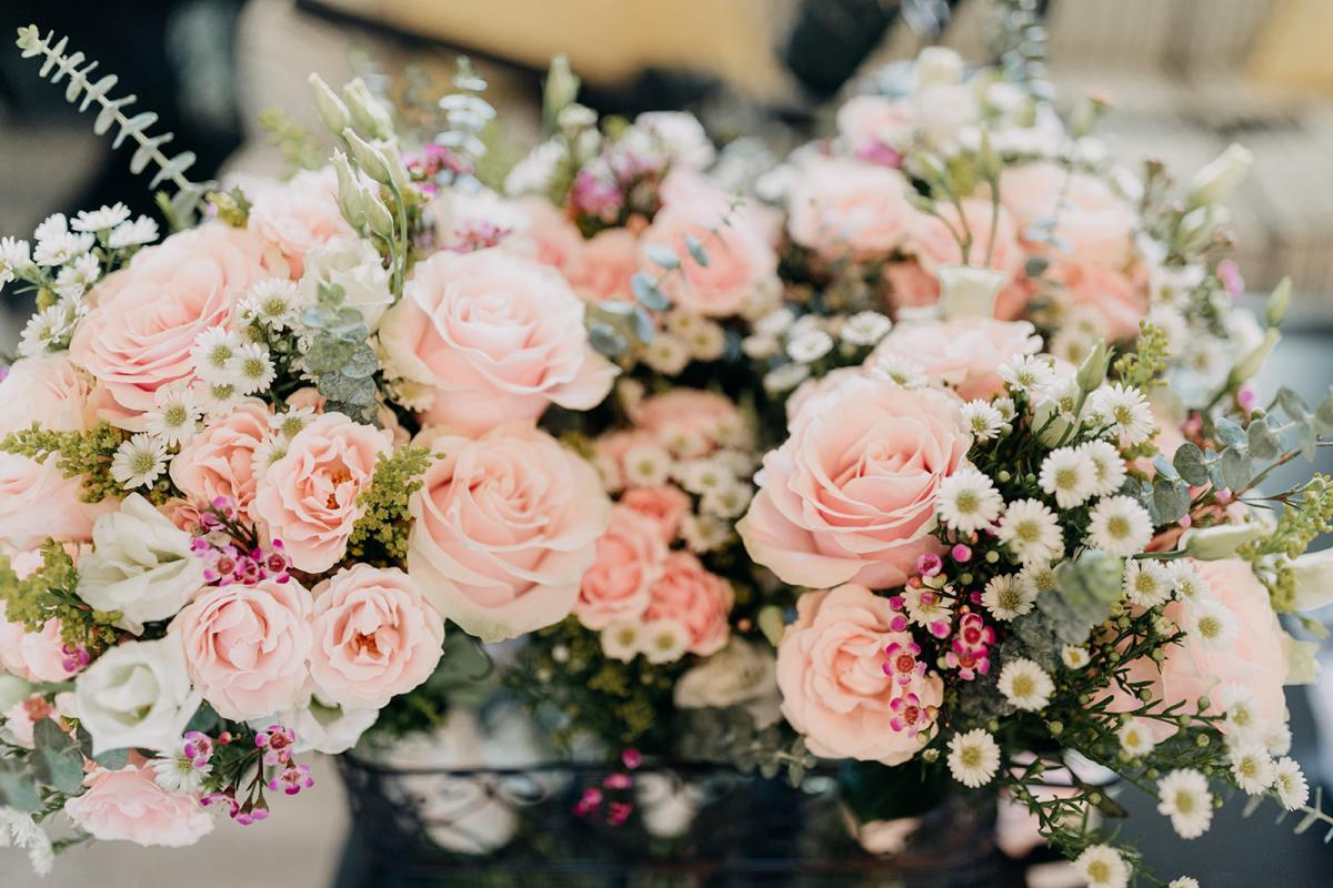 Pink roses and garden wedding flowers